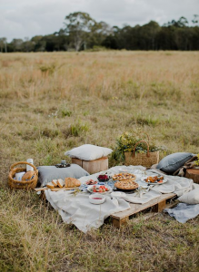 Verras haar met een picknick